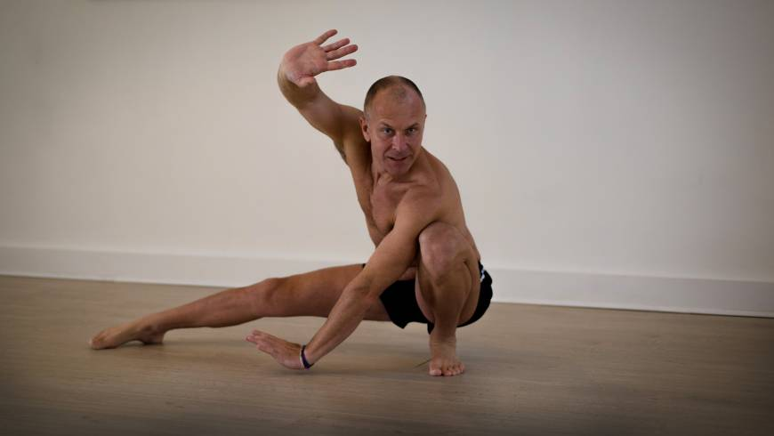 Chi Flow Yoga Roman Kouzmenkoval