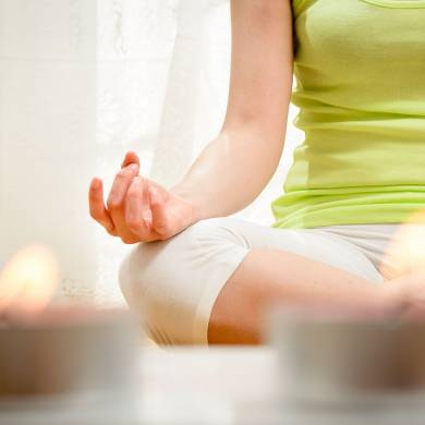 Hangtálmasszázs, meditáció, pranayama, jóga nidra