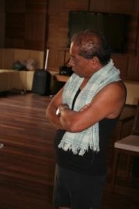 Manju tanítás közben