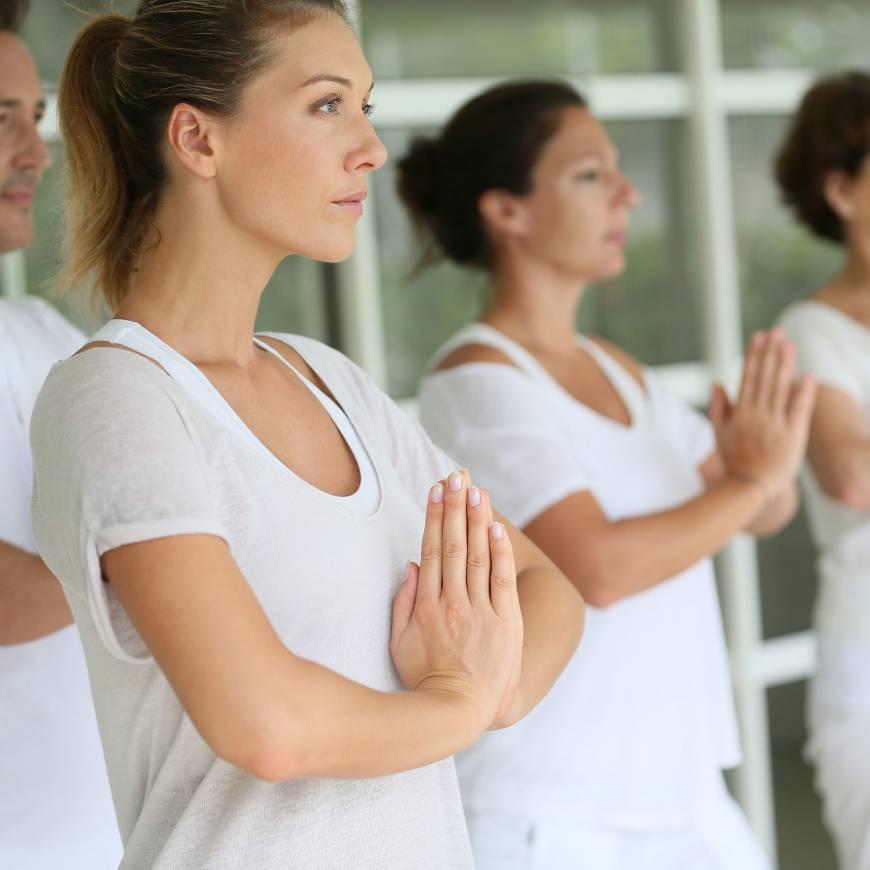 300 órás YAI akkreditált jógaoktató képzés októbertől